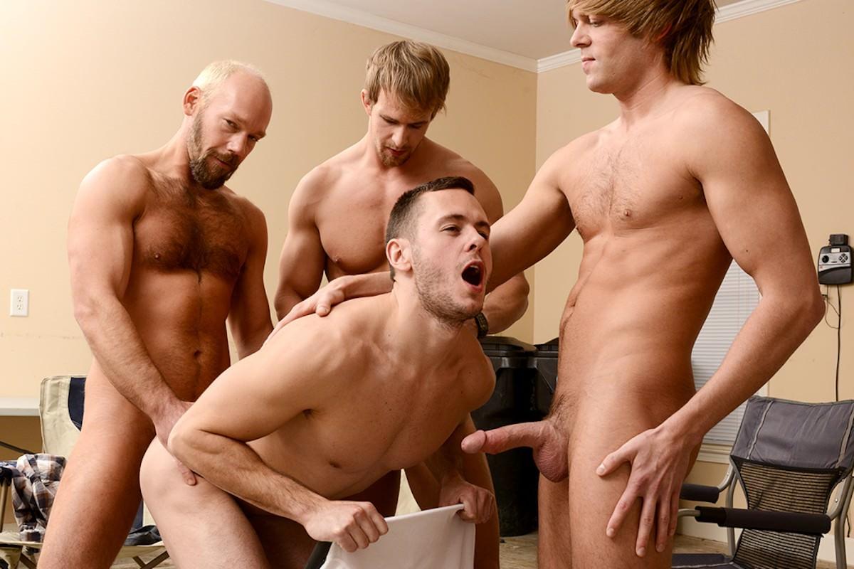 The Waiting Room Nude Scenes - Aznude Men-6329